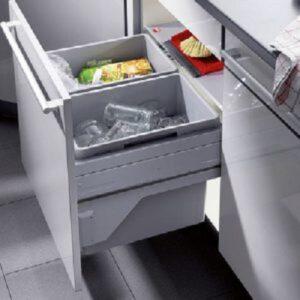 Thiết-bị-mở-cửa-điện-tử-cho-thùng-rác-Hafele-502.15.114.jpg